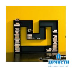 Книжный шкаф в форме буквы М
