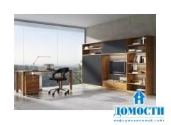 Деревянные столы и секретеры для домашнего офиса
