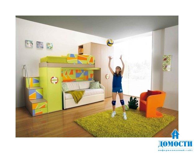 Стоит отметить, что вся детская мебель выполнена в ярких цветах и изготовлена из экологически чистых материалов