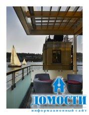 Плавучий дом на озере