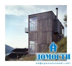 Вдохновляющий дом у горного озера