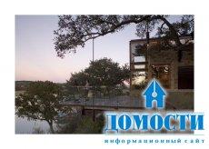 Резиденция, наполненная озером