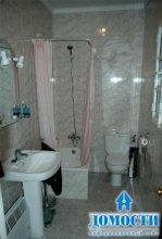 Творческий подход к маленькой ванной