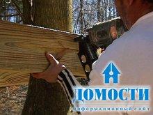 Строительство шалаша на дереве
