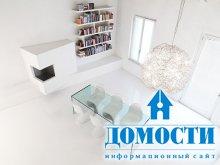 Контрастная белая квартира
