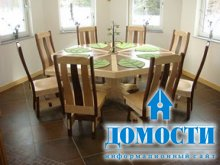 Основательный кухонный стол