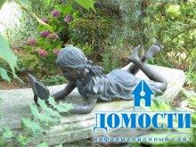 Украшение сада статуями