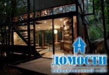 Лесной дом с имитацией листвы