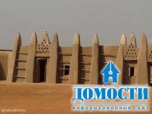Глиняная крепость в Гане