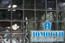 Акрил вместо традиционного стекла