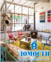 Яркий дизайн загородного дома