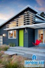 Яркий загородный дом