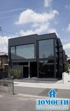 Модный черный дом