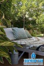 Простая мебель для сада